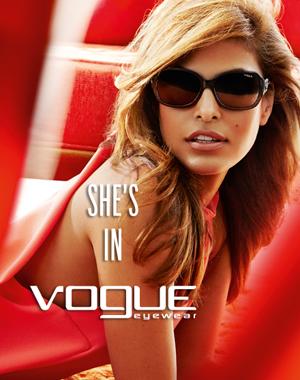 Eva Mendes con gafas Vogue